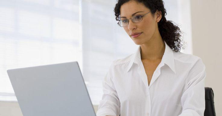 Como criar um PDF com campos editáveis. O PDF (Portable Document Format ou Formato Portátil de Documentos, em português) é o principal tipo de arquivo para armazenar documentos acessíveis na internet. Muitas empresas e órgãos governamentais usam esse formato para publicar formulários e material informativo. O tipo de arquivo PDF é popular porque qualquer usuário com um programa de ...