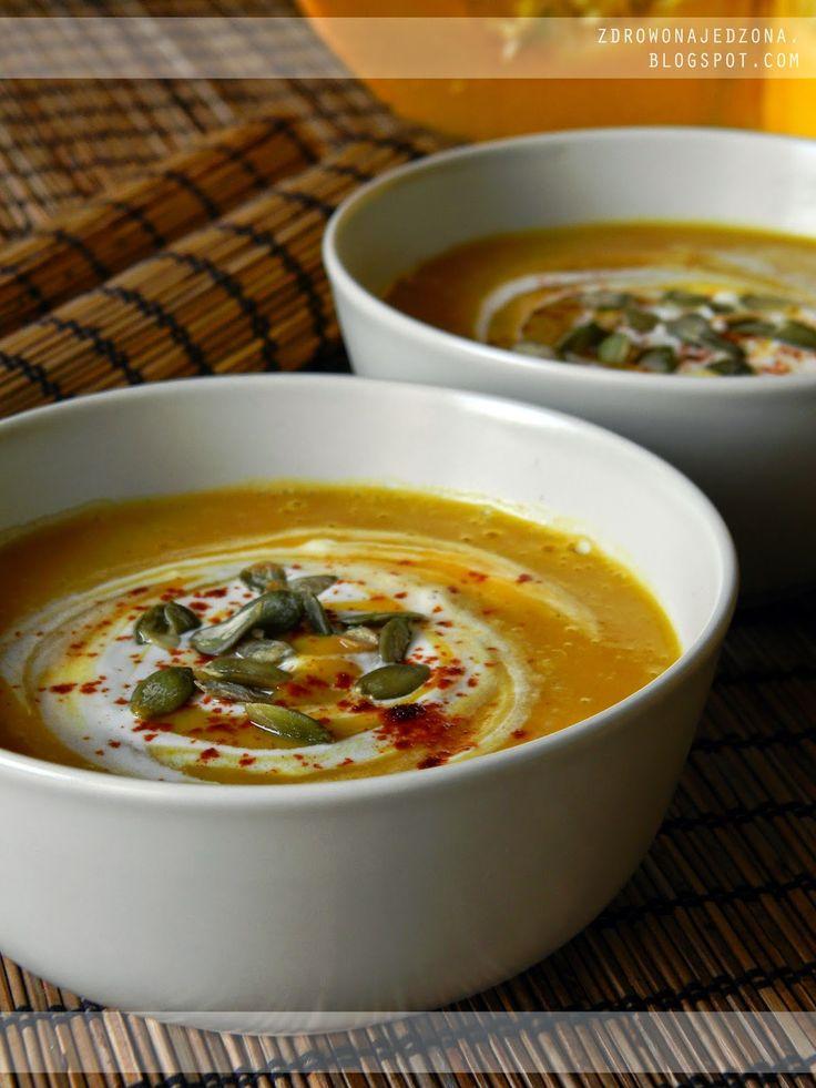 czyli o tym, że zdrowe jedzenie nie musi być nudne :): Kremowa zupa z dyni