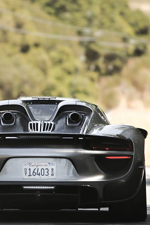 #Porsche 918 Spyder
