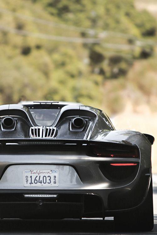 Hybrid Superstar - Porsche 918 Spyder via carhoots.com