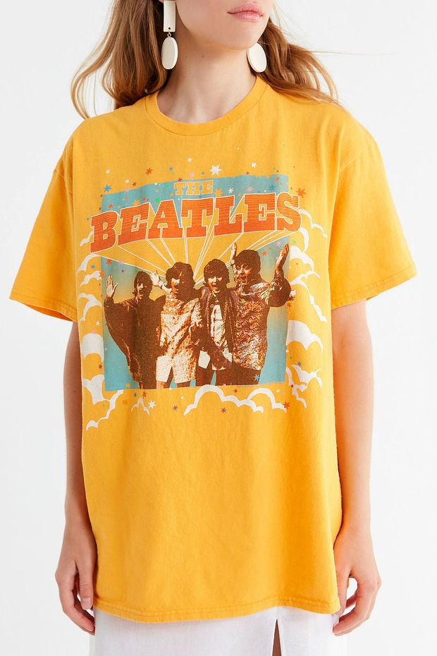 f75280842014 Junk Food Retro Beatles Tee | Urban Outfitters | wish list in 2019 ...