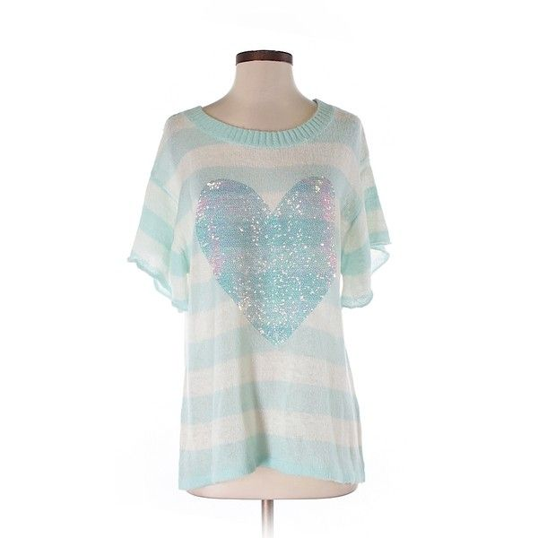 Pre-owned Wildfox Pullover Sweater Size 4: Light Blue Women's Tops (48 CAD) ❤ liked on Polyvore featuring tops, sweaters, light blue, wildfox tops, pullover tops, white top, light blue top and wildfox