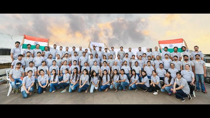 A historic display of patriotism by Team Serosoft at their Indore HQ. #SerosoftFlashMob #FlashMob #TeamDance #IndependenceDayCelebration #ViralVideo #SerosoftIndia #CorporateFlashMob #KolaveriDiFlashMob #StrengthOfTogetherness