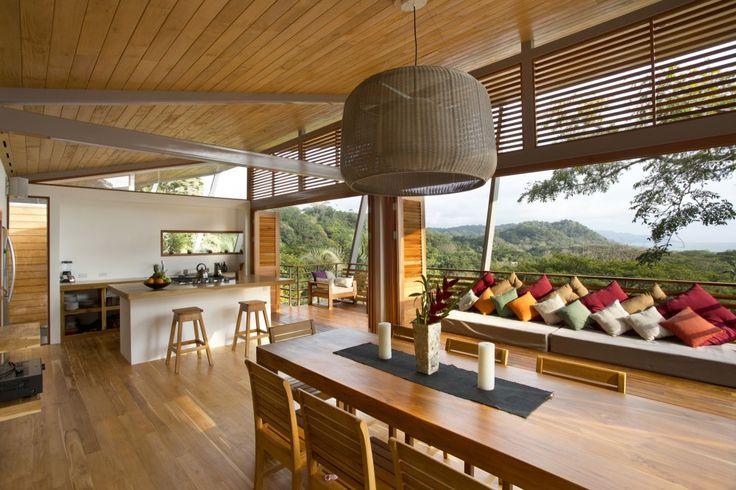 Flotanta House / Benjamin Garcia Saxe Architecture