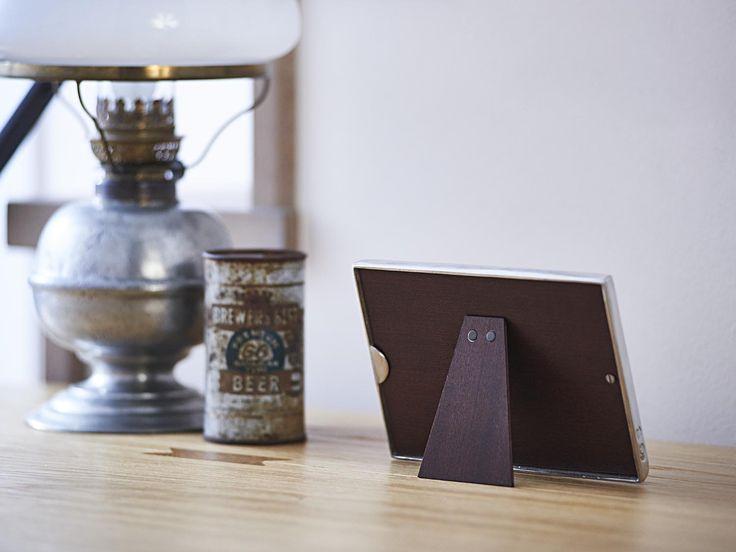 Double Rectangular Pewter Photo Frame - Width: 18 cm (7,1″) - Height: 13 cm (5,1″) - Frame Back Stand: Wood - #pewter #double #picture #photo #frame #peltro #cornice #fotografia #portafoto #doppia #zinn #bilderrahmen #fotorahmen #rahmen #étain #etain #cadre #peltre #tinn #олово #оловянный #gifts #giftware #home #housewares #homewares #decor #design #bottega #peltro #GT #italian #handmade #made #italy #artisans #craftsmanship #craftsman #primitive #vintage #antique