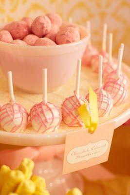 Marshmellow pops