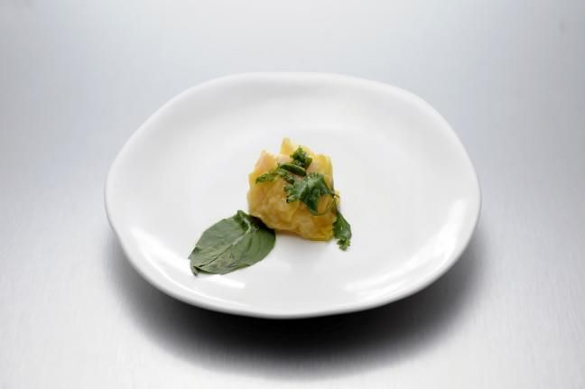 Steamed Shrimp Dumpling with Ginger and Herbs (Quickfire winner from Top Chef Season 12)