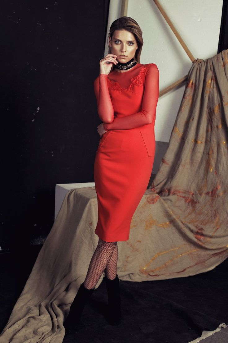 Papillon AW 2016/2017 Red dress with lace #papillonatelier #dress #style #polishdesign