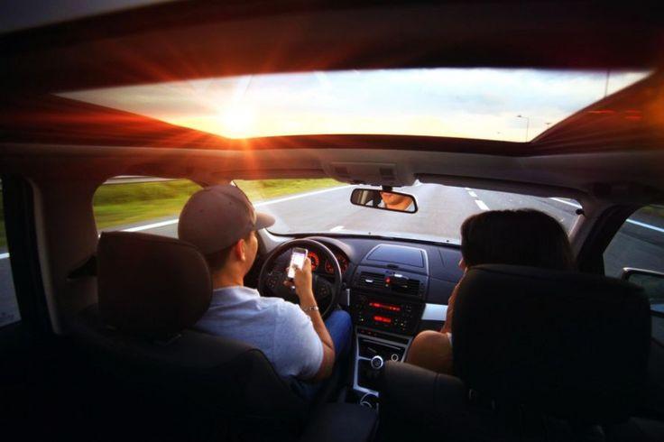 Na wakacje służbowym autem: O czym pracodawca powinien pamiętać zezwalając pracownikowi na wyjazd?