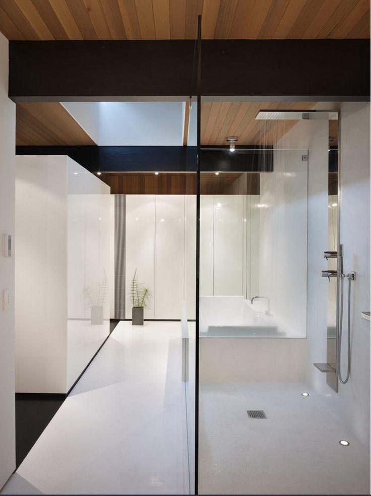 "#HelvexbyDesigners @NewformItalia ""Wellness"" Diseño Minimalista 491 Ducha Columna . Vía @houzz"