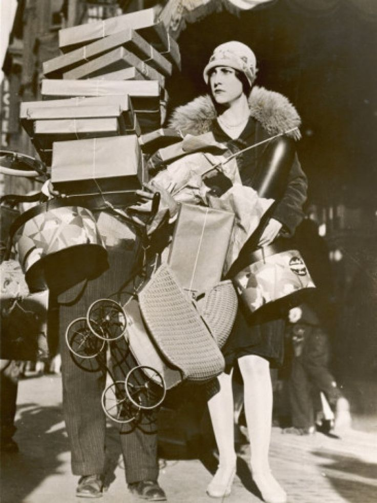 Shopping in the 1920s