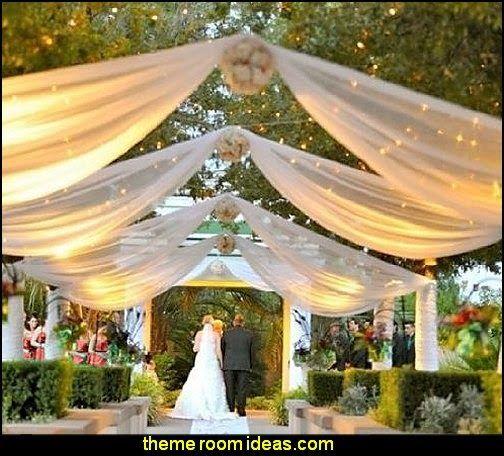 Barn Style Wedding In Ma: Maries Manor: Rustic Style