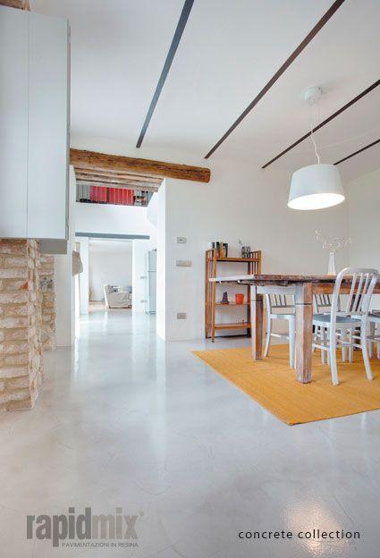 Esempi di #pavimentazione in #resina: #cucina. Azienda: #Rapidmix.