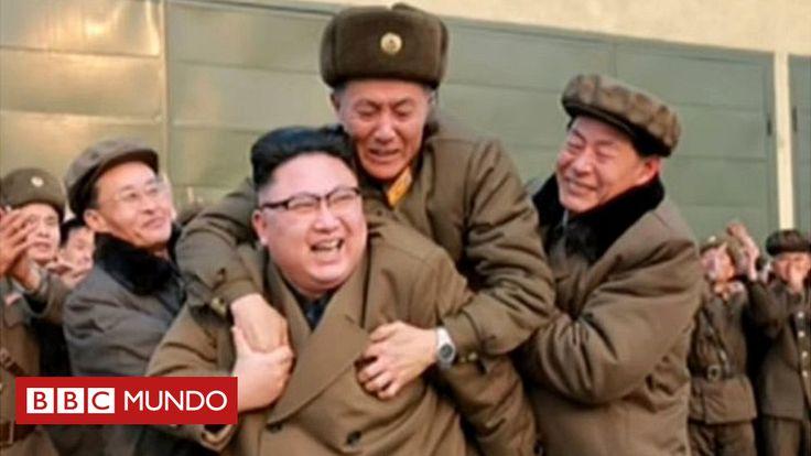 """La BBC examina una curiosa foto del líder de Corea del Norte, Kim Jong-un, en la que se lo ve cargando en su espalda, entre risas, a un jefe militar. Esta imagen que contrasta con la de """"una persona irracional"""", como ha sido descrito en EE.UU., o la de """"despiadado"""", como lo califican desertores."""