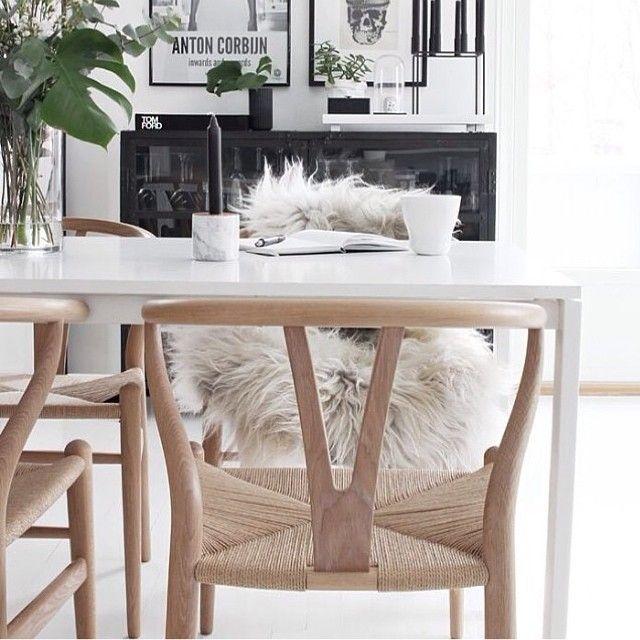 25 beste idee n over wishbone stoel op pinterest for Massenhoven top interieur