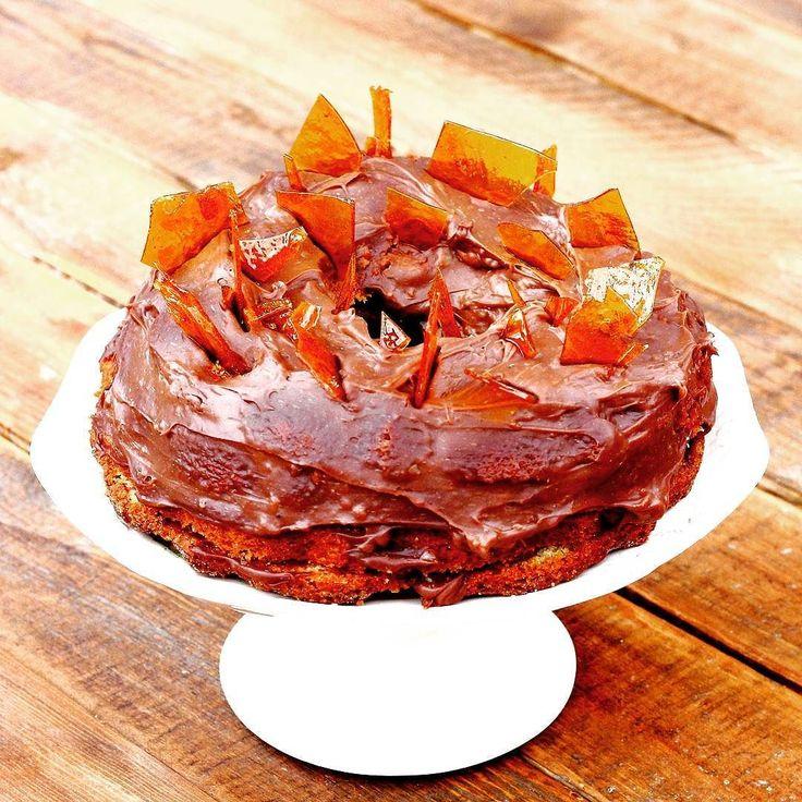 Dobostorta újragondolva. Kicsit a dob része szakadozott így dobolni már nem lehet rajta. No de nem is arra való.  #mik #mik_gasztro #mutimitsütsz #mutimiteszel #hungary #instahun #ikozosseg #magyarig #iközösség #magyarinsta #fotoklub #mutimitnassolsz #recept #instaeat #sharefood #food #recipes #instafood #foodpics #foodphotography #homemade #homemadefood #canon #dobostorta #torta #kuglof #kuglóf #yummy