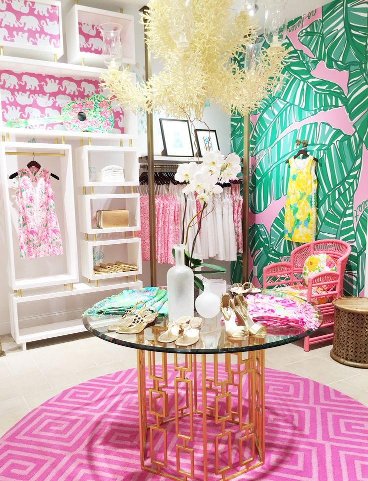 Lilly Pulitzer at the Mall at Green HIlls in Nashville  Tennessee. 246 best Lilly Retail Details images on Pinterest