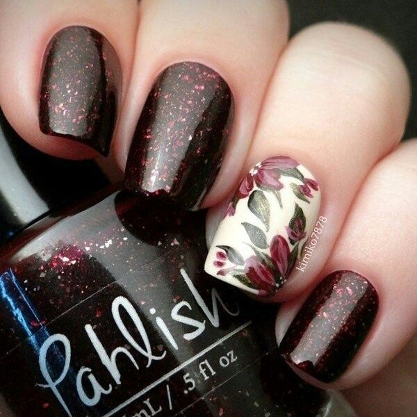 Flowers nai art. Brown and glitter nails. Nail design. Pahlish Polish. Polishes. Discover and share your nail design ideas on https://www.popmiss.com/nail-designs/