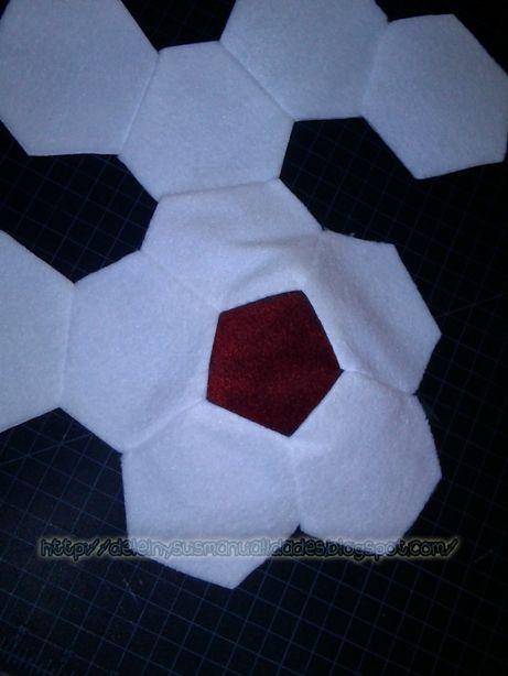 Como hacer un coj�n en forma de pelota de Futbol