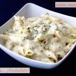 Pasta de espelta con salsa roquefort sin nata, brocoli y germinados