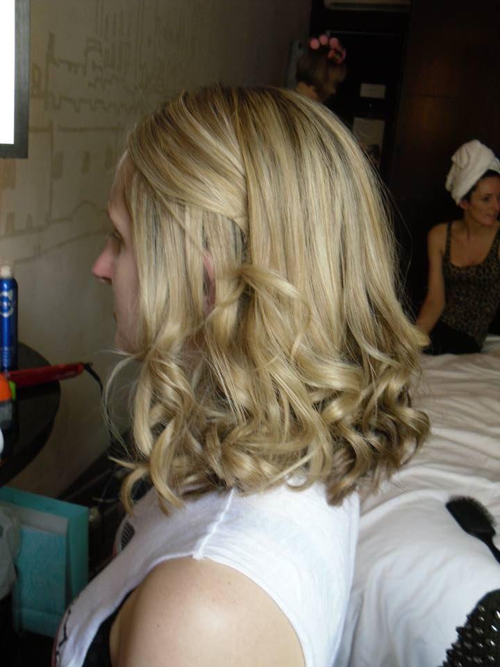 Beautiful big loose curls created by @Amanda Steiner of Oz #scissorsofoz #bridesmaidhair