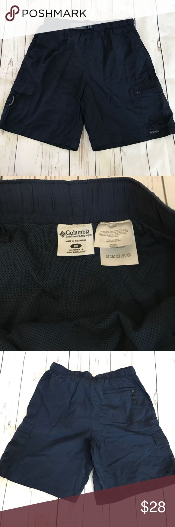 """Columbia blue packable hiking walking shorts M Men's Columbia sportswear brand navy blue packable lightweight shorts. Lots of pockets and adjustable waistband. Mesh lining inside. 9"""" inseam. Please see photos for measurements, size medium. No trades please and lowball offers ignored. Columbia Shorts Athletic"""