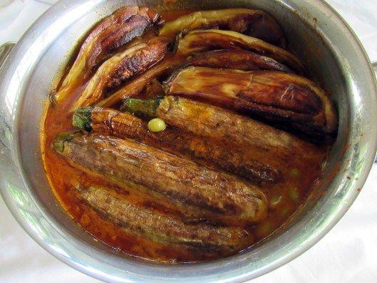 Khoresht Kadoo Bademjan Ba Morgh (Zucchini and Eggplant Stew with Chicken)