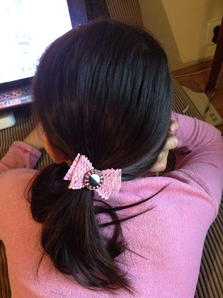 子供の髪を結ぶゴムにつけてみました(*^^*)