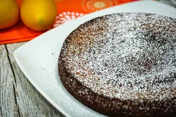 Almond Flour Italian Lemon Cake | In The Kitchen With Honeyville
