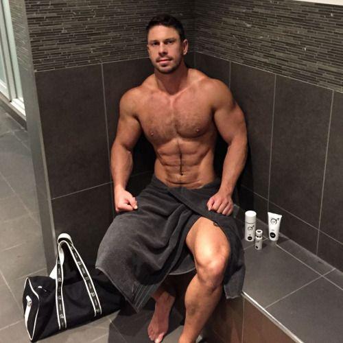 Hot Arab Males  Men En Toalla  Hairy Men, Sexy Men Y -9941
