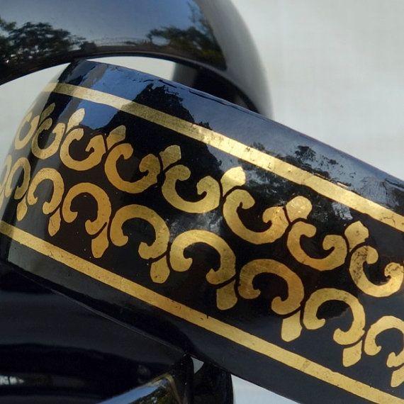 Burmese Lacquered Bangle Bracelet – Black with Engraved 24ct Gold Motif #bangle #bracelet #women #gold #handmade #etsy