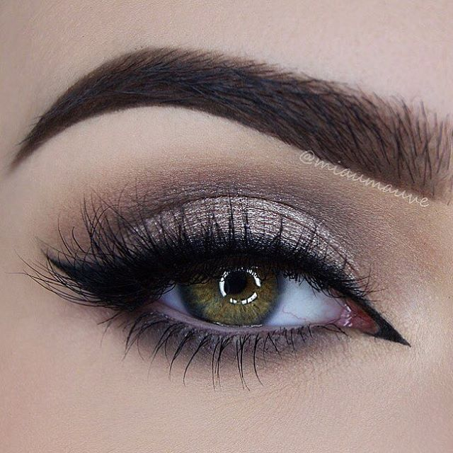 Flawless work by @miaumauve in @blinkingbeaute Lashes No. 4
