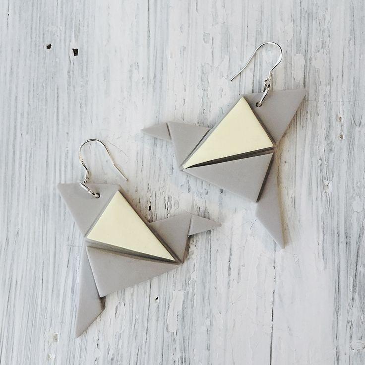 Origami bird earrings  Origami lintu- korvakorut  made by CherryAnn Suomalaista käsityötä/ Made in Finland www.madebycherryann.com Instagram @madebycherryann Facebook Made by CherryAnn