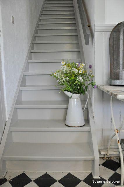 den gamla skolan gray steps