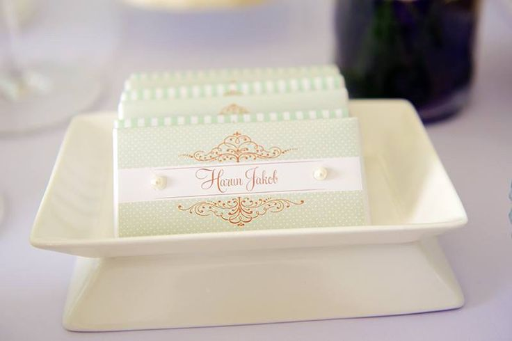 Mint & Gold Chocolate Bars by Wunderkind Celebrations