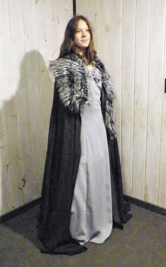 Lyana Stark Cape from the Game Of Thrones by DaysOfOurKnights
