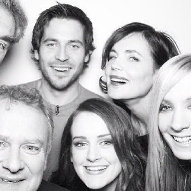 Hugh Bonneville, Elizabeth McGovern, Rob James-Collier, and Sophie McShera