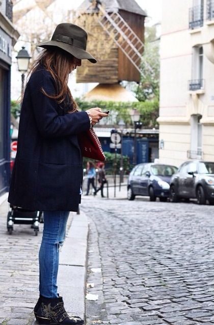 Love hats (though I don't wear many now that I have a pixie cut) and typically panama/fedora types but this outfit is something I would just throw on--skinny jeans, cool boots, good coat, and the perfect hat to top it all off