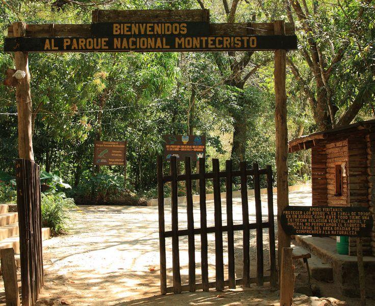 The entrance to Montecristo National Park