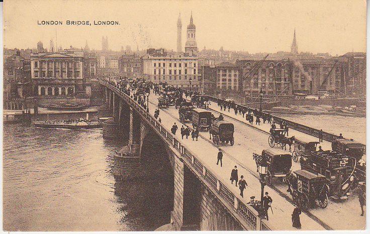 Unknown British Postcard - London Bridge, London - animated | PC02385