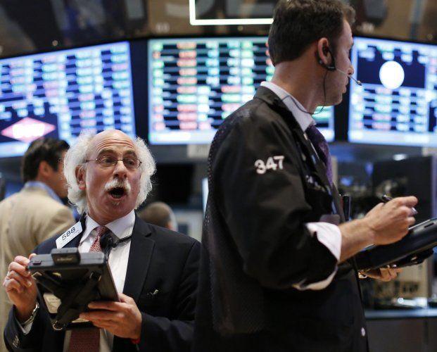 Wall Street segue devolvendo altas com os setor de trabalho - http://po.st/v045lG  #Bolsa-de-Valores - #Folha-De-Pagamentos, #Mercados, #Wall-Street
