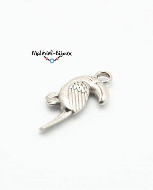 breloque perroquet en métal pour créer des jolis bijoux fantaisie