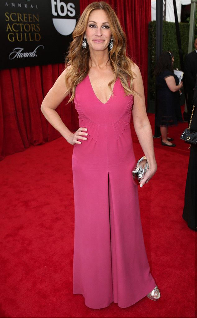 Julia Roberts from 2014 SAG Awards: Red Carpet Arrivals   Valentino   Eiseman Style   Red Carpet