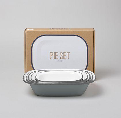 Falconware Pie Set