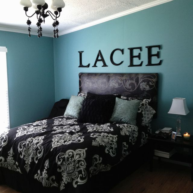 Black white and turquoise bedroom trinity is loving blue for Blue and black bedroom ideas