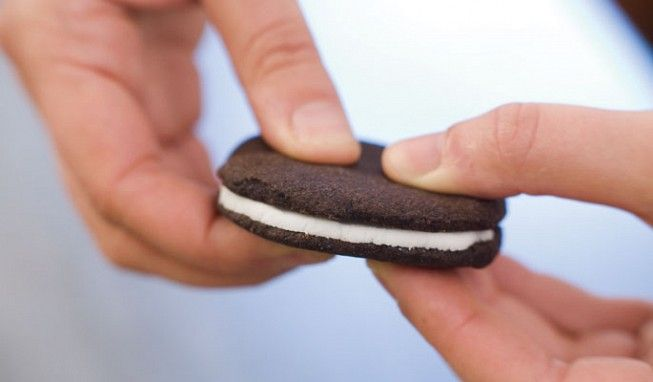 Want to make your own Oreos? Here you go!: America Test Kitchens, Americas Test Kitchen, Sandwiches Cookies, Chocolates Sandwiches, Homemade Oreo Cookies, Oreo Recipe, Sandwich Cookies, Homemade Oreos, Favorite Recipes