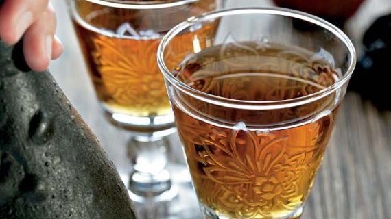 Яблочное вино с бузиной. Пошаговый рецепт с фото на Gastronom.ru