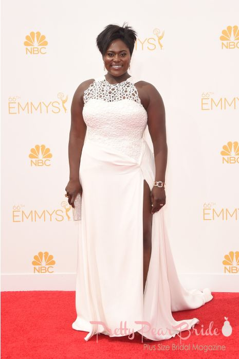 #plussizebrides #curvybrides Favorite Emmy Red Carpet Looks Perfect for a Plus Size Bride | Pretty Pear Bride | http://prettypearbride.com/favorite-emmy-red-carpet-looks-perfect-for-a-plus-size-bride/