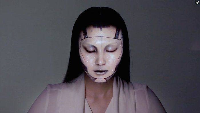 OMOTE / REAL-TIME FACE TRACKING & PROJECTION MAPPING via http://desdemisarrugascerebrales.wordpress.com