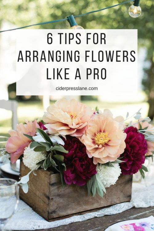Six Tips For Arranging Flowers Like A Pro because we all need a little help looking professional! #floraldesign #flowerarranging #flowers #certerpieces #tablescapes #eventdesign #floral #springdesign #howto #howtoarrangeflowers #arrangingflowers #creatingcenterpieces #dinnerparty #tabledesign #gather #community #hosting #hostingtips #hostingaparty #partydecor #decor #floraldecor #easyflowerarranging